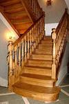 изготовление сборкa и монтаж деревянных лестниц